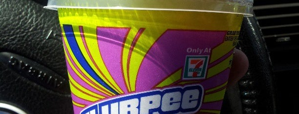 7-Eleven is one of Posti che sono piaciuti a Joel.
