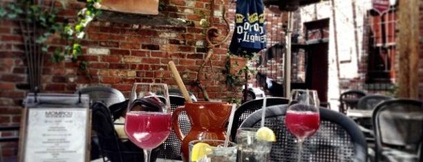 Mompou Tapas Bar & Lounge is one of Jerz.