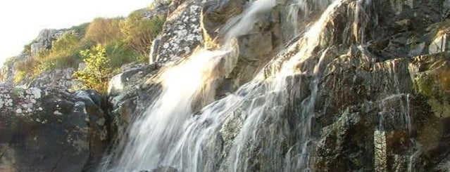 Paseo De La Cascada is one of Mis Lugares (Tandil).