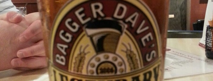 Bagger Dave's is one of Locais curtidos por AJ.