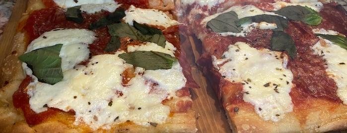 L'arte Della Pizza is one of South Brooklyn To-Do's.