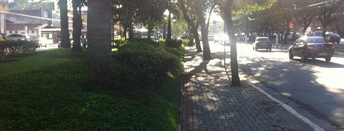 Centro de Arujá is one of สถานที่ที่ Tatiana ถูกใจ.