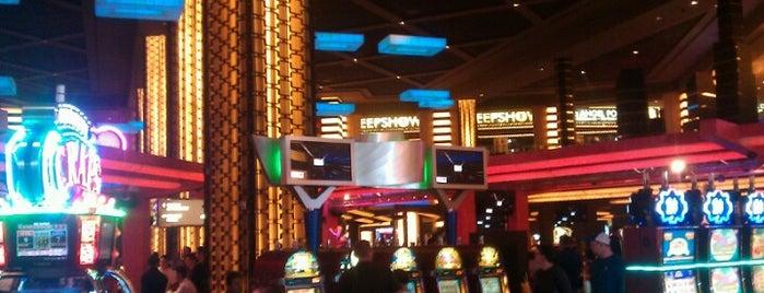 Gallery Nightclub is one of Best clubs in Vegas.