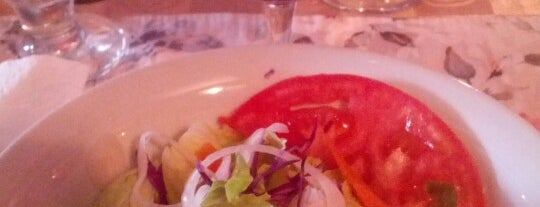 Bar Y Restaurante Black Lion is one of Orte, die Joaquin gefallen.