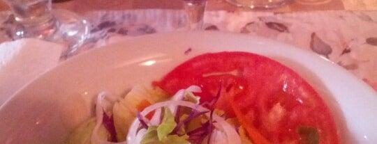 Bar Y Restaurante Black Lion is one of Locais curtidos por Joaquin.