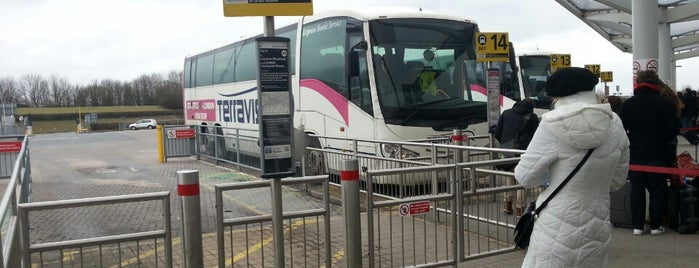 London Stansted Airport Coach Station is one of Daria 님이 좋아한 장소.