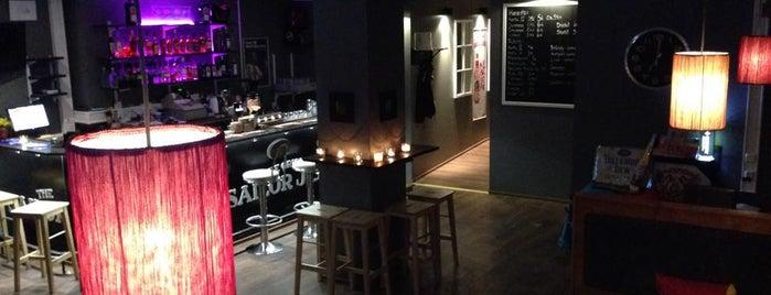 Bar Edgar Hyvinkää is one of Lugares favoritos de J..
