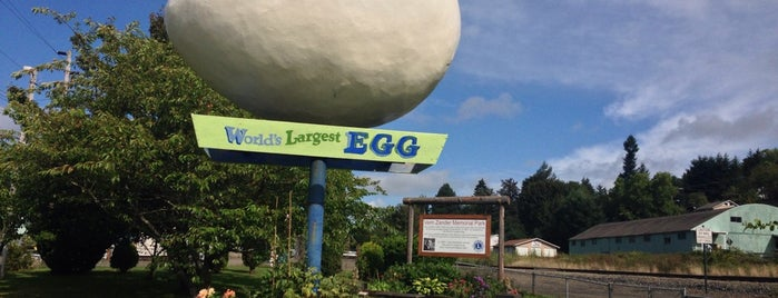 The Egg is one of Quirky Landmarks USA.