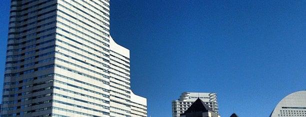 Queen's Square Yokohama is one of 横浜.