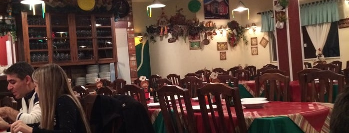 Pizzaria Don Leo's is one of Andressa'nın Beğendiği Mekanlar.