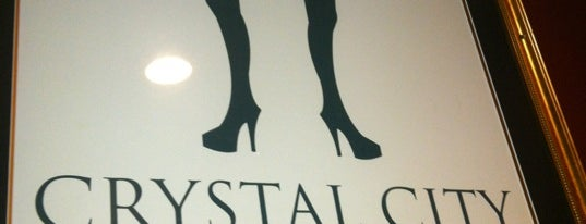 Crystal City Restaurant is one of Allie'nin Kaydettiği Mekanlar.