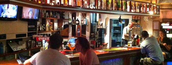 Johnny's Pub is one of COME UNA HAMBURGUESA EN IBIZA.