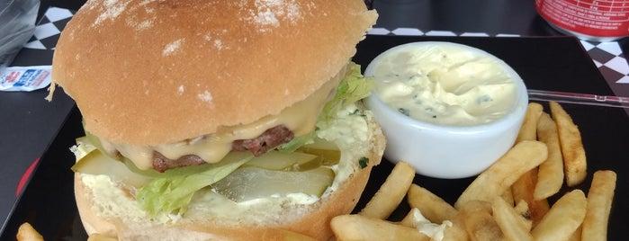 Vintage Burger is one of Lugares favoritos de Bruno Caracciolo.
