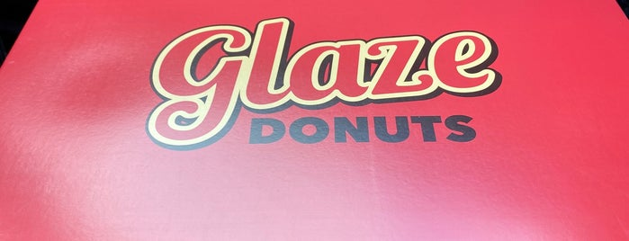 Glaze Donuts is one of Lugares guardados de Whit.
