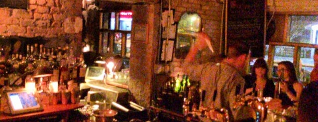 Evelyn Drinkery is one of USA NYC Favorite Bars.