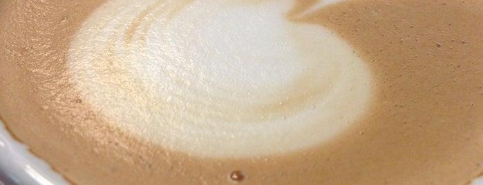 Coffee Shop is one of Locais salvos de B.