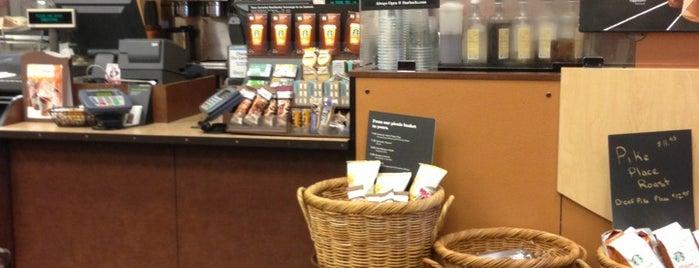 Starbucks is one of Locais curtidos por Lesslie.