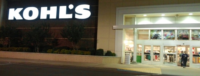 Kohl's is one of Lieux qui ont plu à Suzanne E.