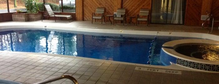 Best Western Pool is one of Posti che sono piaciuti a Nicholas.
