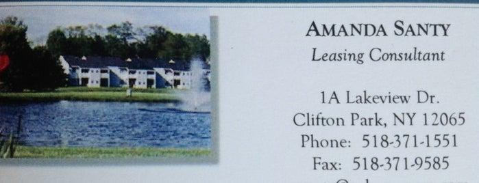 Twin Lakes is one of Tempat yang Disukai Nicholas.