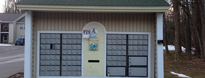 Squire Park Apartment's Mail Boxes is one of Posti che sono piaciuti a Nicholas.