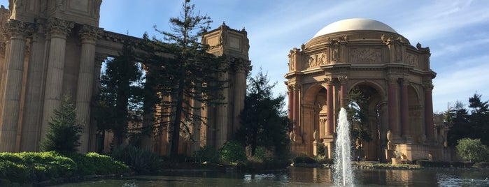 Palace of Fine Arts is one of Priscillaさんのお気に入りスポット.