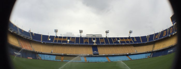 "Estadio Alberto J. Armando ""La Bombonera"" (Club Atlético Boca Juniors) is one of Posti che sono piaciuti a Priscilla."