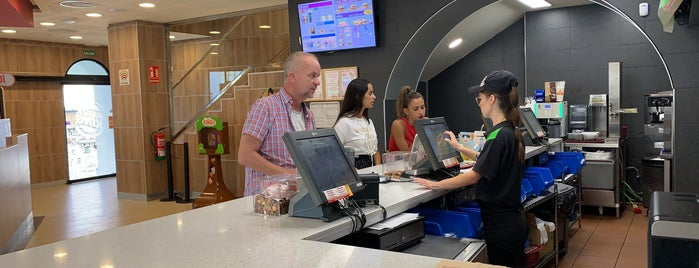 Burger King is one of Locais curtidos por Gabriel.