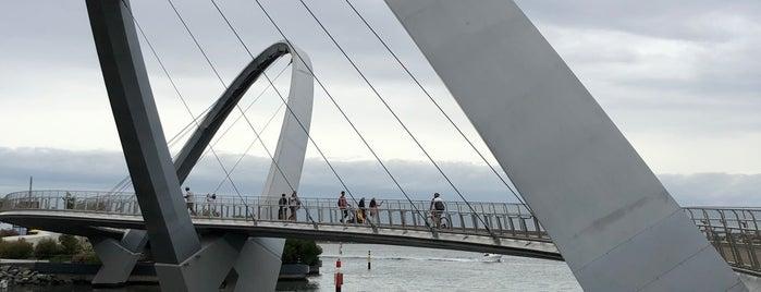 Elizabeth Quay Bridge is one of Lieux qui ont plu à Elise.