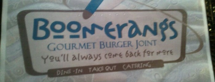 Boomerangs Gourmet Burger Joint is one of Jakeさんの保存済みスポット.