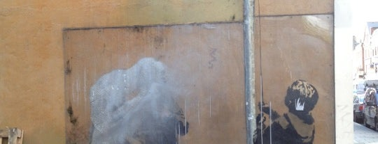 """Banksy Plastic Bag """"Salute"""" is one of Lugares guardados de Alejandro."""