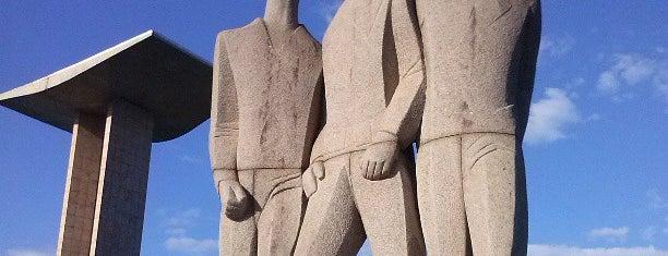 Monumento Nacional aos Mortos da II Guerra Mundial is one of Rio de Janeiro.