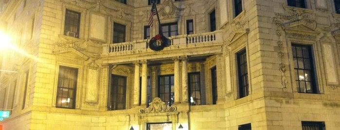The Washington Club is one of mary : понравившиеся места.