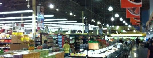 99 Ranch Market is one of Posti salvati di Jennifer.