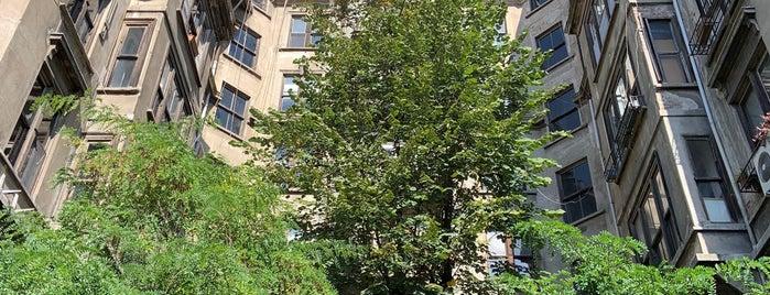 Arif Paşa Apartmanı is one of *.