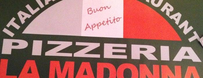 La Madonna Pizzeria is one of Locais curtidos por Sandybelle.
