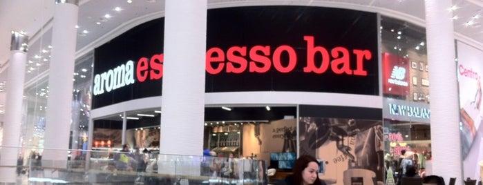 aroma espresso bar is one of Lieux qui ont plu à Natalie.