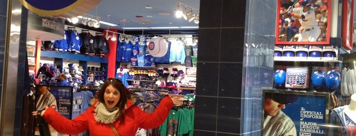 Cubs Clubhouse is one of Locais curtidos por Valerie.