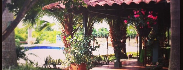 Finca Hotel is one of สถานที่ที่บันทึกไว้ของ Felipe.