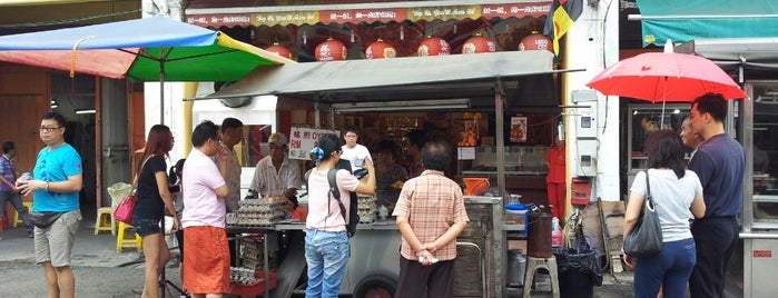 Glutton Street 贪吃街 is one of JB.