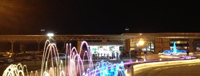 Shiraz International Airport (SYZ) | فرودگاه بینالمللی شیراز is one of My airports.