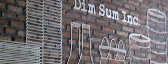Dim Sum Inc. is one of Lieux qui ont plu à Yansen.