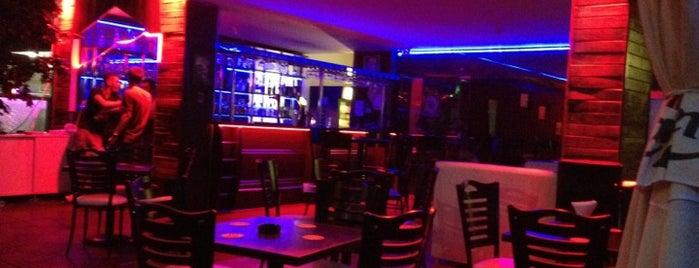 Gecekondu Bar is one of İpek Zengin🌹'ın Kaydettiği Mekanlar.