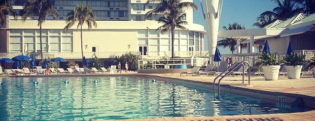 Deauville Poolside is one of MIAMI.