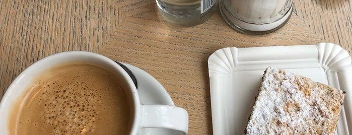 San Francisco Coffee Company is one of สถานที่ที่ Mario ถูกใจ.
