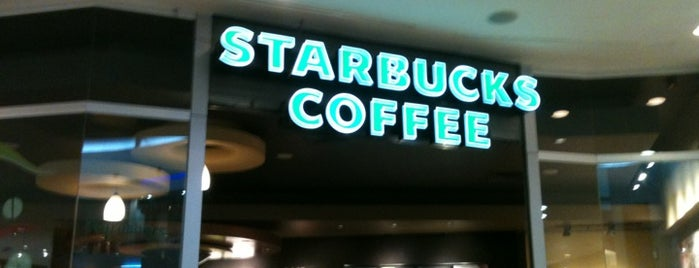Starbucks is one of Orte, die Beto gefallen.
