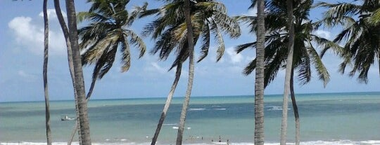 Praia de Maracajaú is one of Lugares favoritos de Douglas.