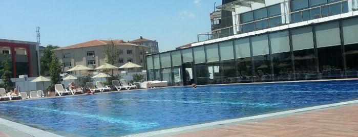 Titanic Business Bayrampaşa is one of Best Beaches and Pools in Istanbul.