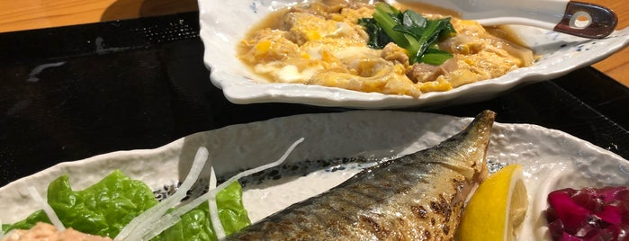 日本料理 竹むら is one of Locais curtidos por Kazu.