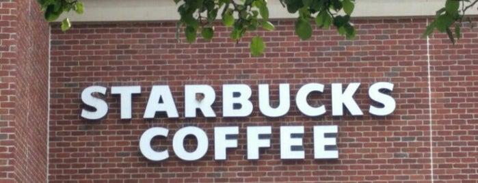 Starbucks is one of ✌Em💋 님이 좋아한 장소.